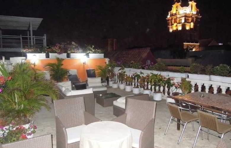 Santo Domingo Boutique Hotel - Terrace - 2