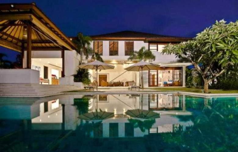 Villa Bahagia - Pool - 5