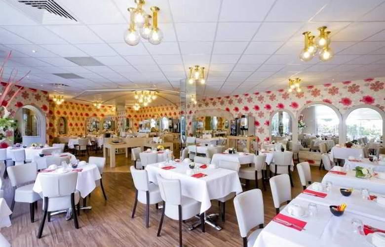 Charlemagne - Restaurant - 22