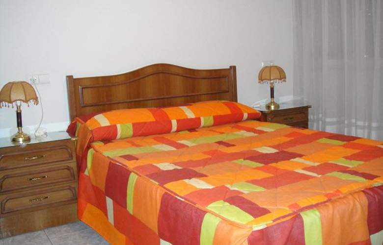 Hostal Uria - Room - 6