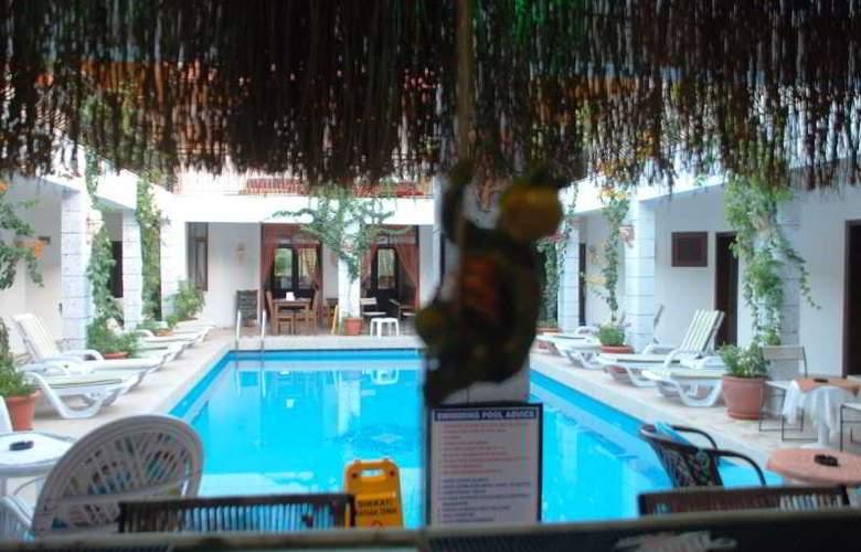Han Dalyan Hotel - Pool - 22