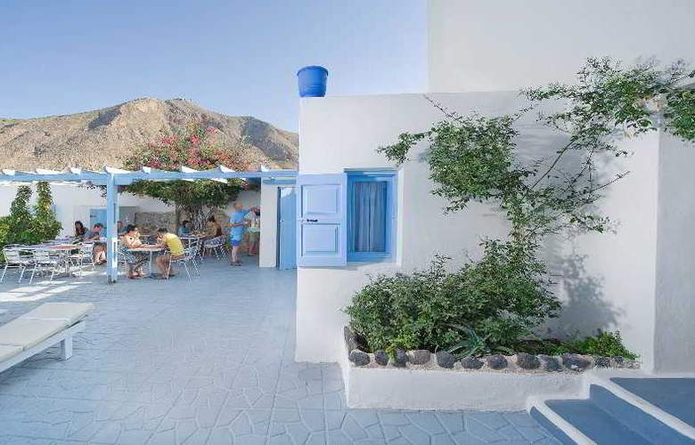 Amelie Santorini Hotel - Terrace - 3