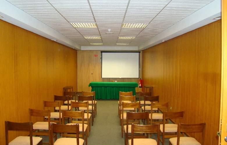 Hotel Rali Viana - Conference - 15