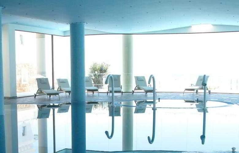 Atrium Prestige - Pool - 8