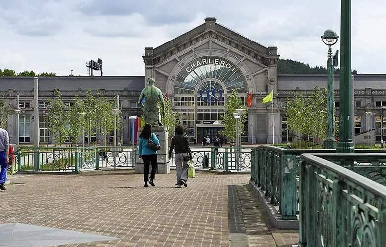 Ibis Charleroi Centre Gare - Hotel - 3