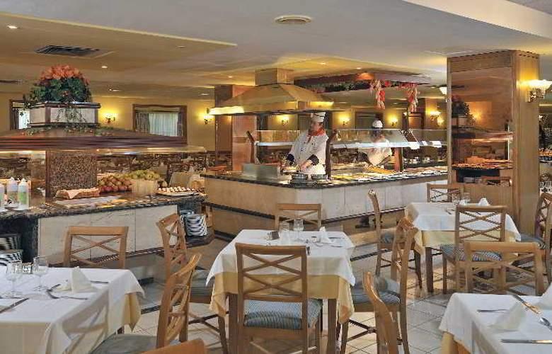 Pionero Santa Ponsa Park - Restaurant - 4