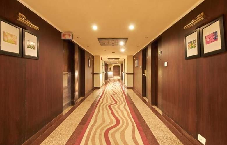 Crown - Hotel - 11