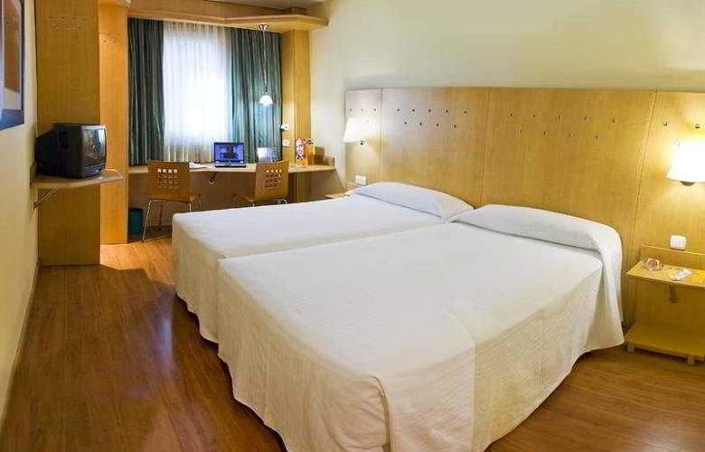 Ibis Madrid Alcala de Henares La Garena - Room - 4