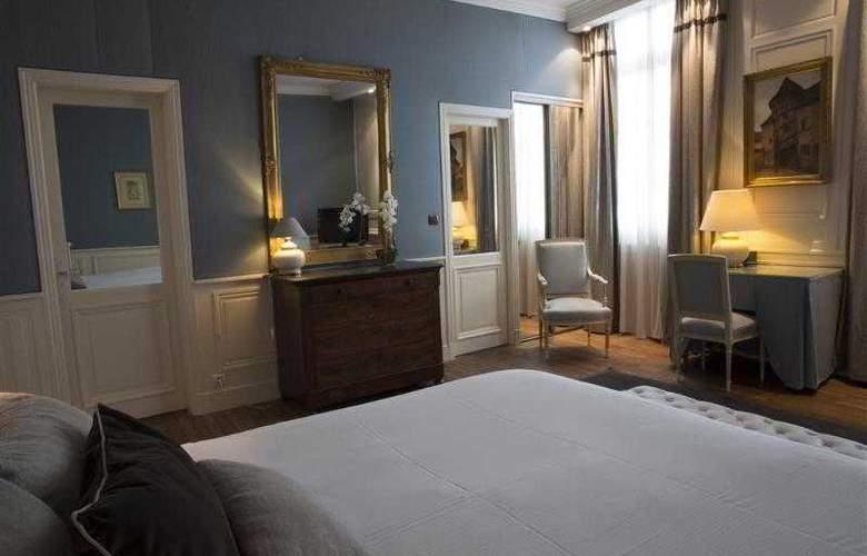 Best Western Grand Monarque - Hotel - 10