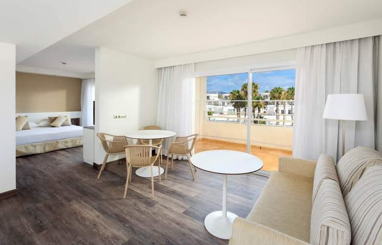 Sol Lanzarote - Room - 17