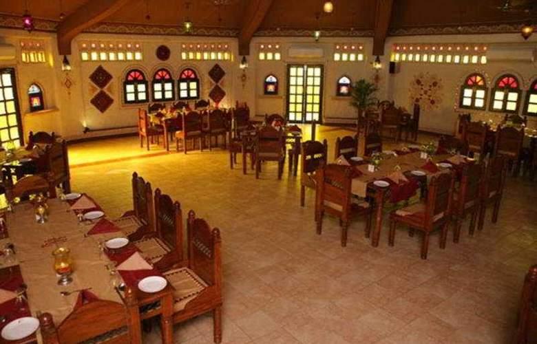 Nirali Dhani & Resort - Restaurant - 7