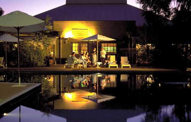 Outback Pioneer Hotel by Voyages - Pool - 7
