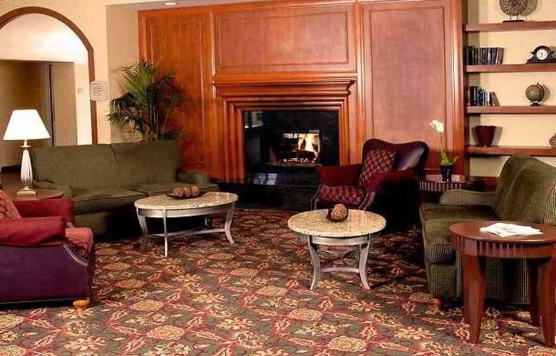 Residence Inn Oxnard River Ridge - Hotel - 6