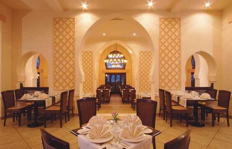 Jaz Belvedere - Restaurant - 8