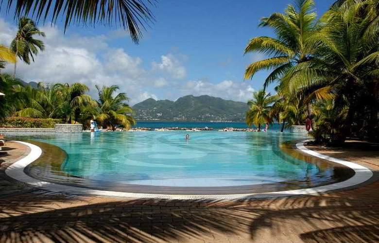 St Anne Resort - Pool - 3