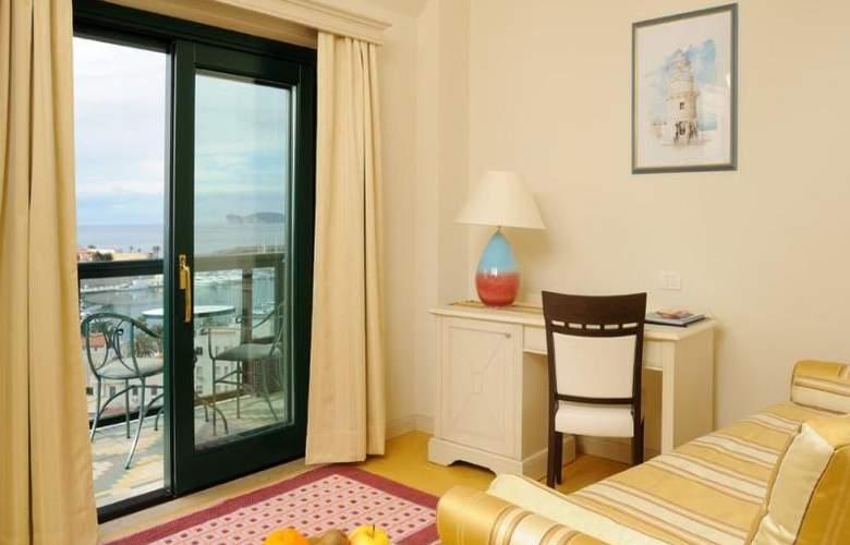 Catalunya - Room - 5