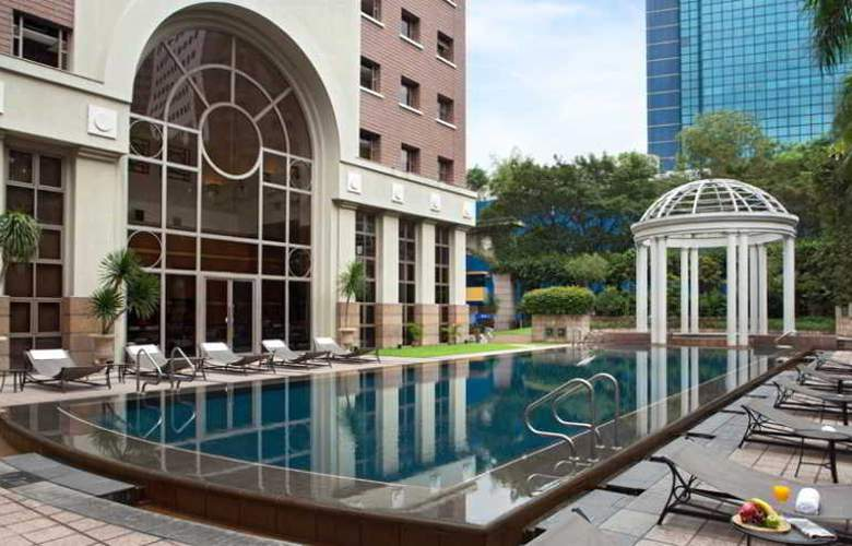 Orchard Parksuites - Pool - 21