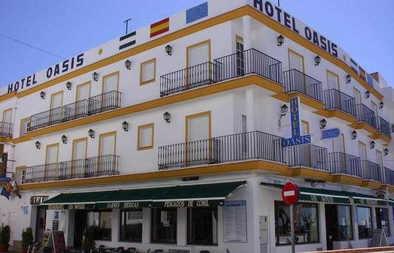 Oasis - Hotel - 0