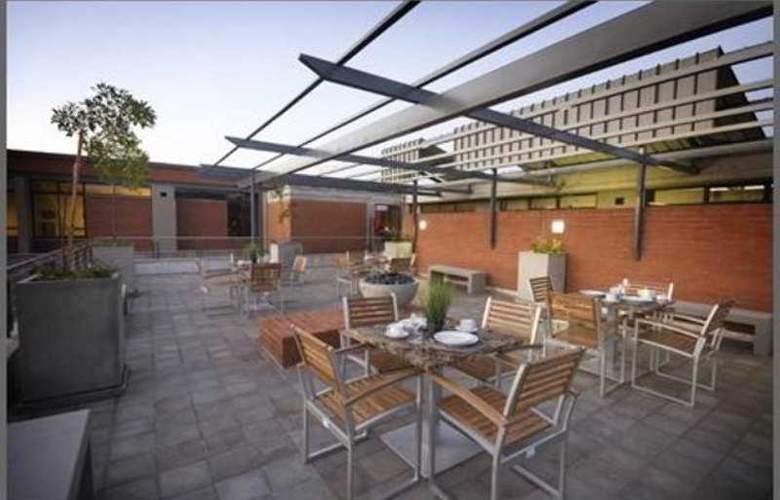 Absolute Farenden Apartments - Terrace - 5