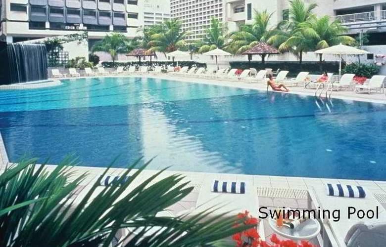Orchard Hotel Singapore - Pool - 9