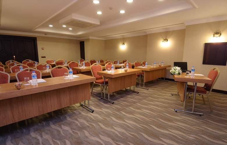 Taksim Gonen - Conference - 5