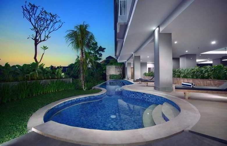 NEO Denpasar - Pool - 3