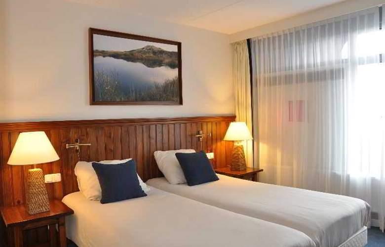 Sandton Paal 8 Hotel Aan Zee - Room - 13