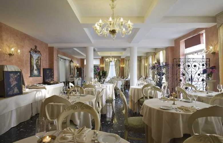 Viktoria Palace - Restaurant - 17