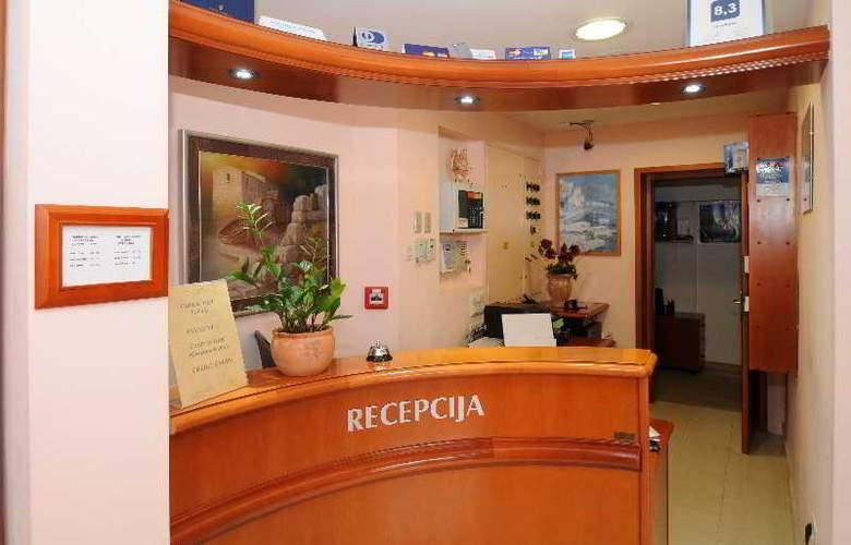 HOTEL ROSINA - Hotel - 7