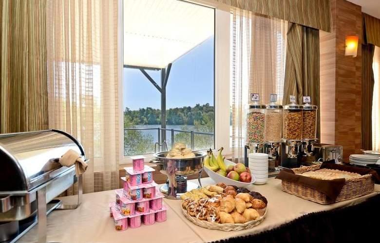 Best Western Chocolate Lake Hotel - Restaurant - 104