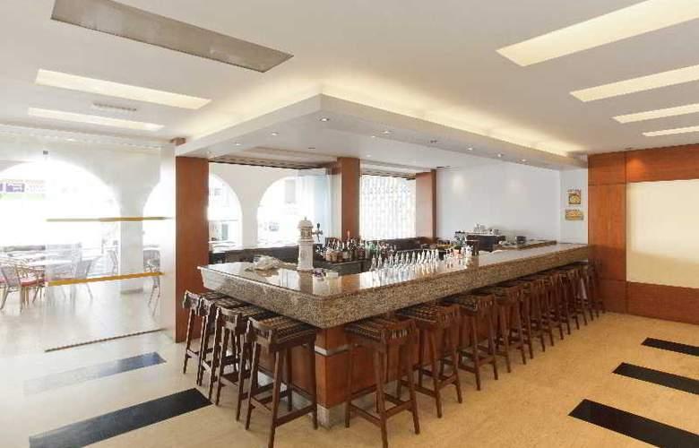Africa Hotel - Bar - 3