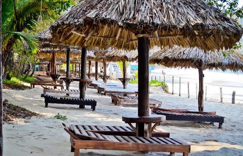 Catalina Beach Resort - Beach - 36