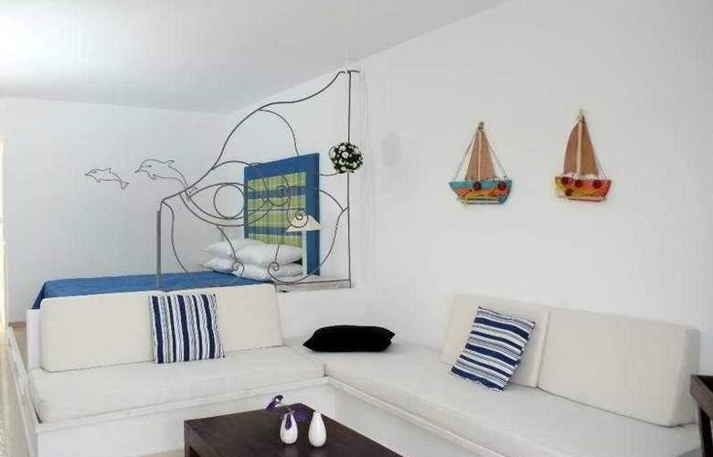 Belvedere Gerakas Lux. Suites - Room - 6