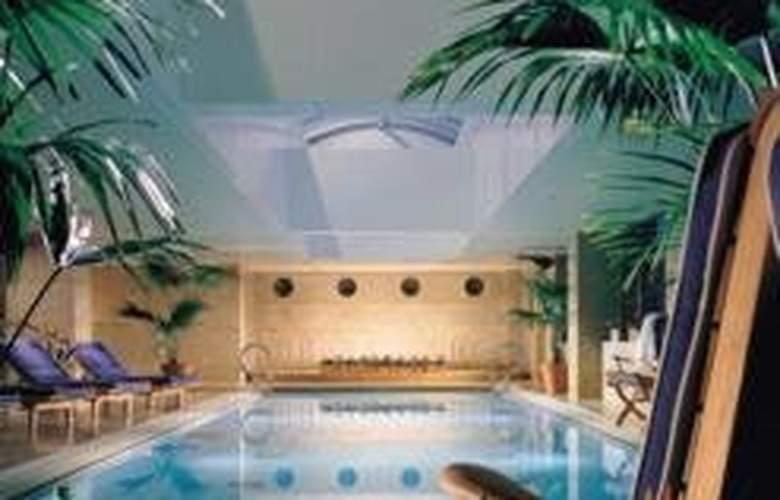 The Westin Taipei - Pool - 0