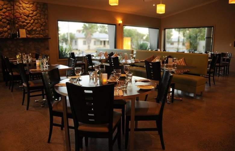 Best Western Bungil Creek Motel - Restaurant - 38