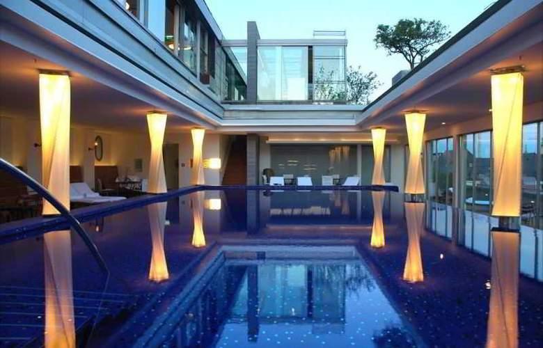 Bayerischer Hof - Pool - 5