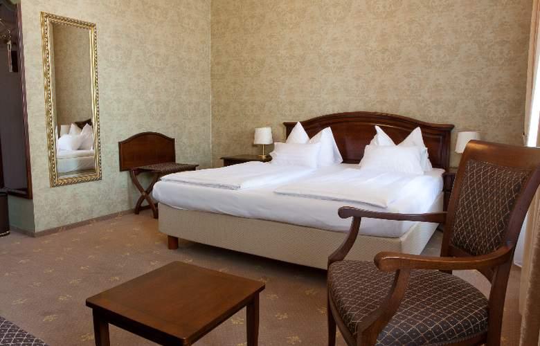 Fuerst Metternich - Room - 10