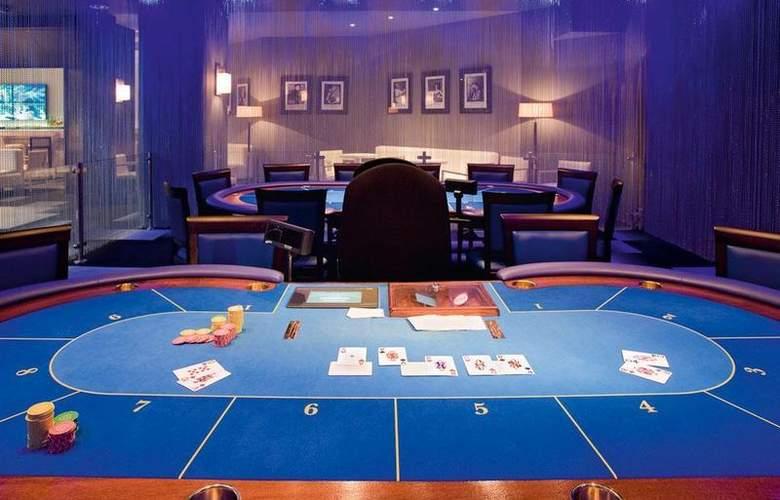Pullman Cannes Mandelieu Royal Casino - Hotel - 54