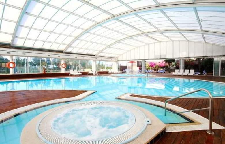 Sirenis Tres Carabelas & SPA - Pool - 25