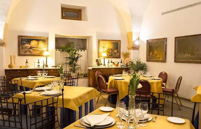 Izan Trujillo - Restaurant - 36