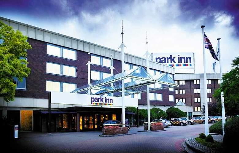 Park Inn by Radisson London Heathrow - Hotel - 0