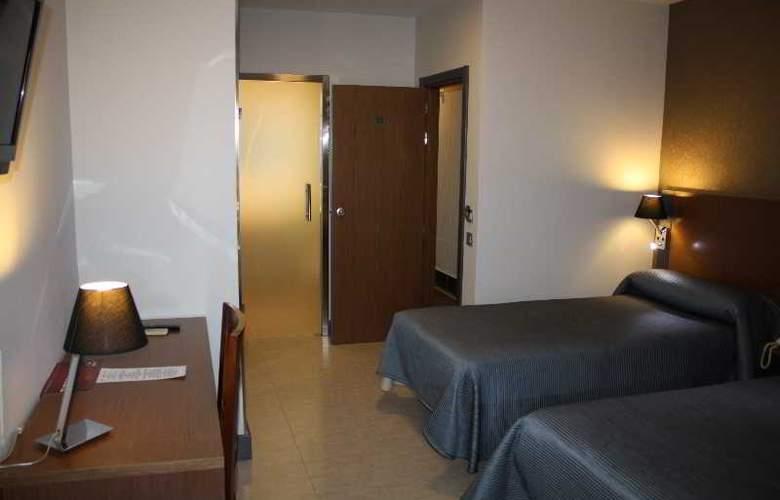 Regio - Room - 23