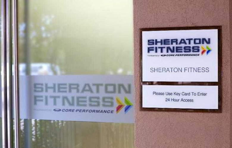 Sheraton Suites Houston near the Galleria - Sport - 45