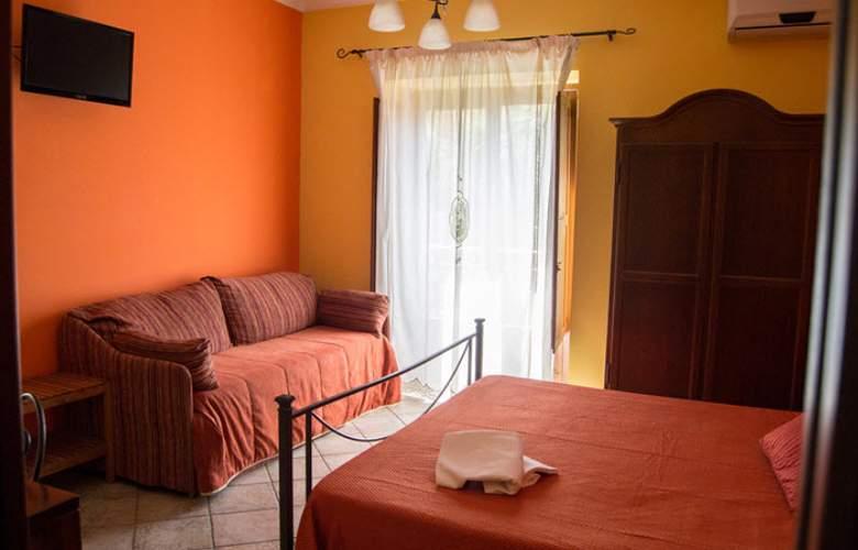 Albergo Pace - Room - 11