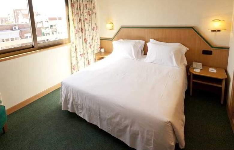 Praga - Room - 12