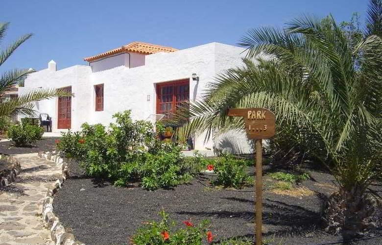 Castillo Beach Park - Hotel - 0