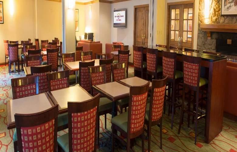 Marriott Residence Inn Mont Tremblant - Restaurant - 7