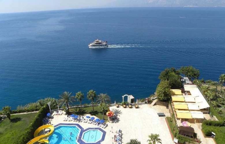 Adonis Hotel - Hotel - 13