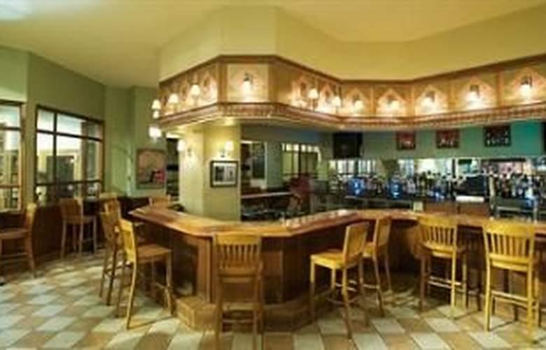 Silversmith Hotel & Suites - Bar - 7