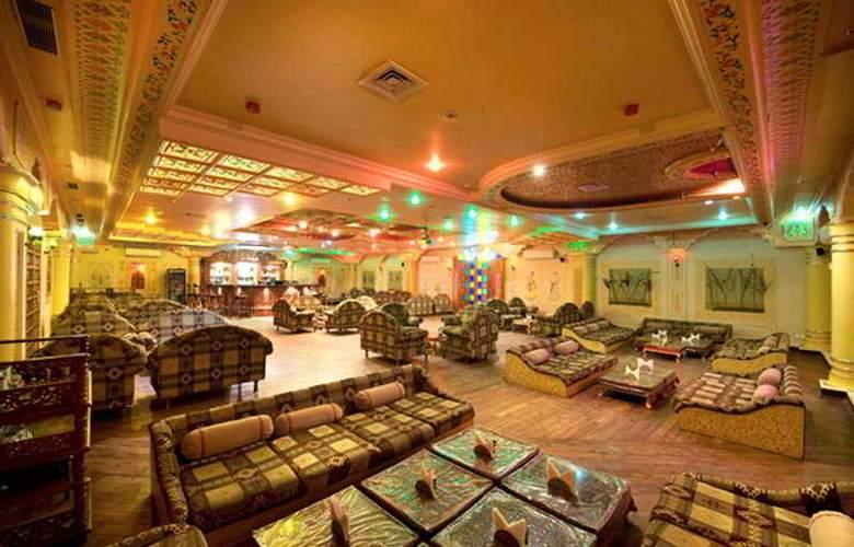Nirali Dhani & Resort - Bar - 5